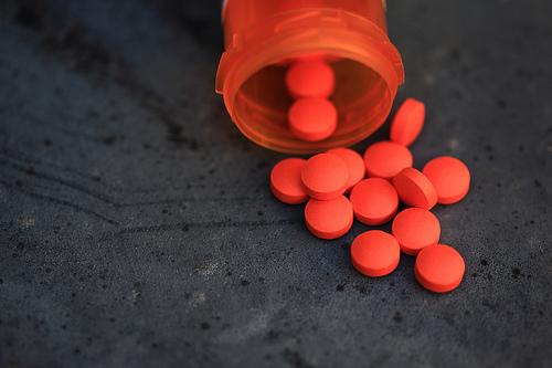 pills-orange